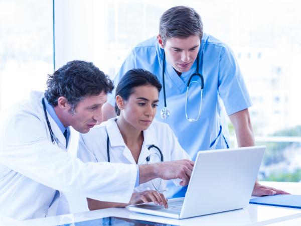 doctors on a laptop